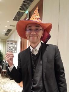 どういうわけか、ハロウィンの帽子・・・。