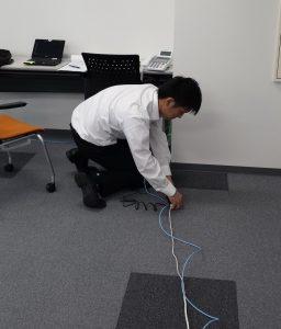 VPNルータの設置/開通試験のローププレイ演習 LAN回線の接続