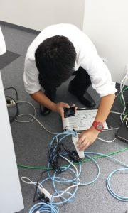 接続状況を写真の撮って報告